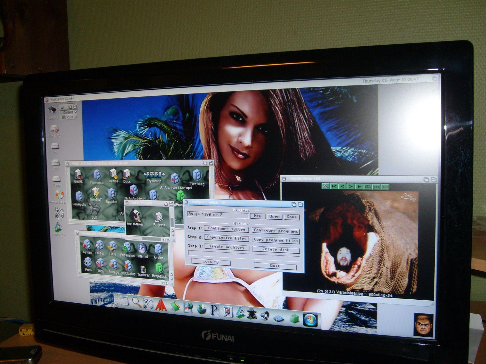 1360x768 Workbench screen on my new Funai 22