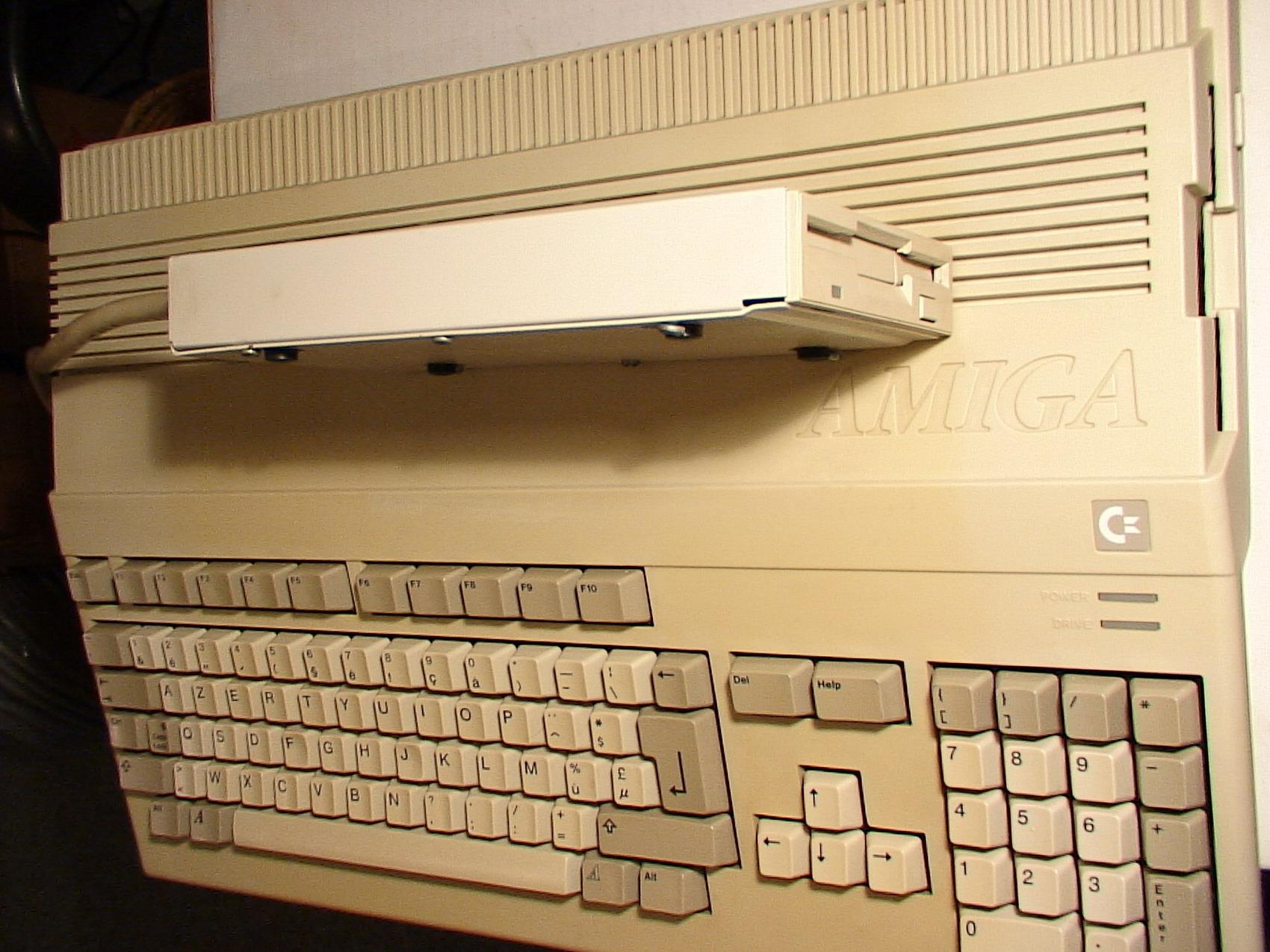 A500 1MB ROM1.3 Ext.FLOPPY