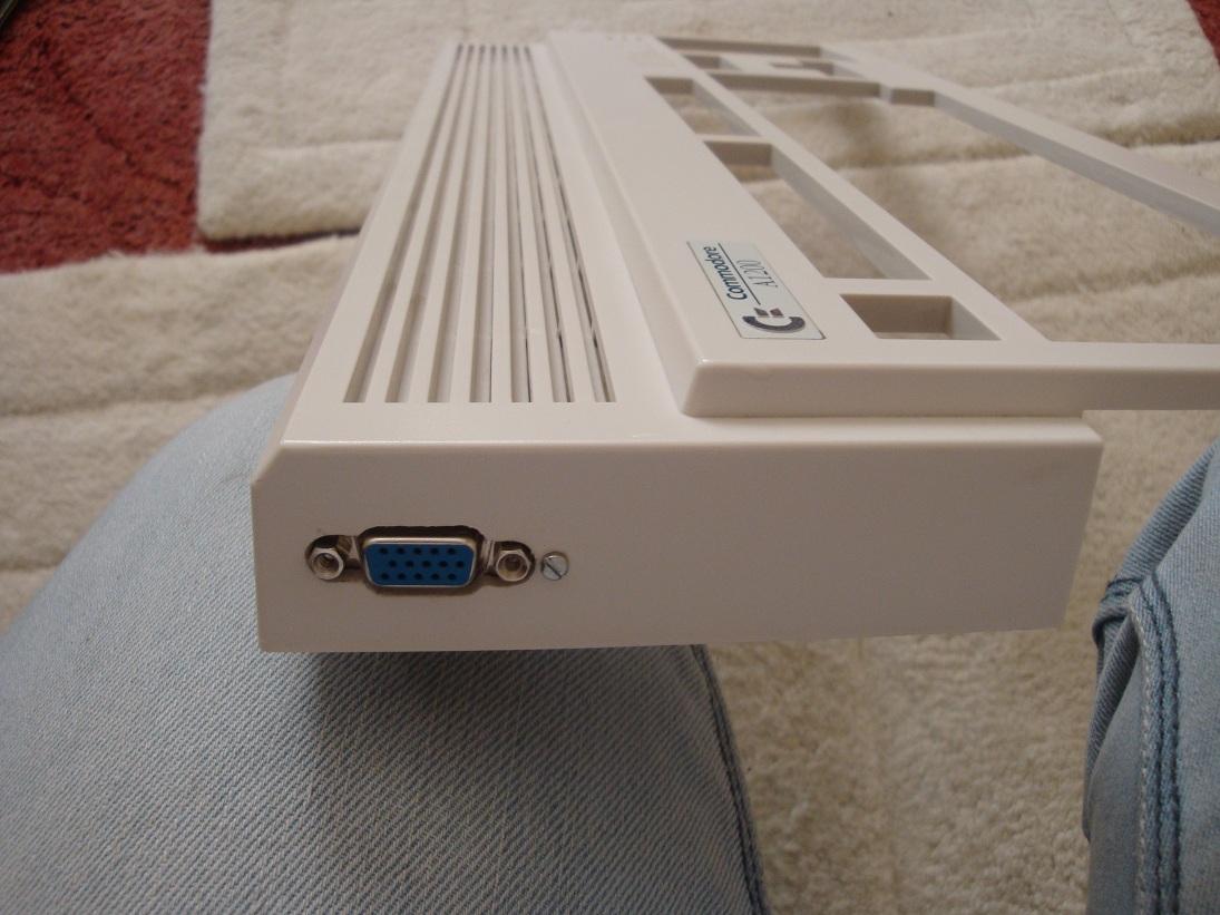 A1200 VGA Port