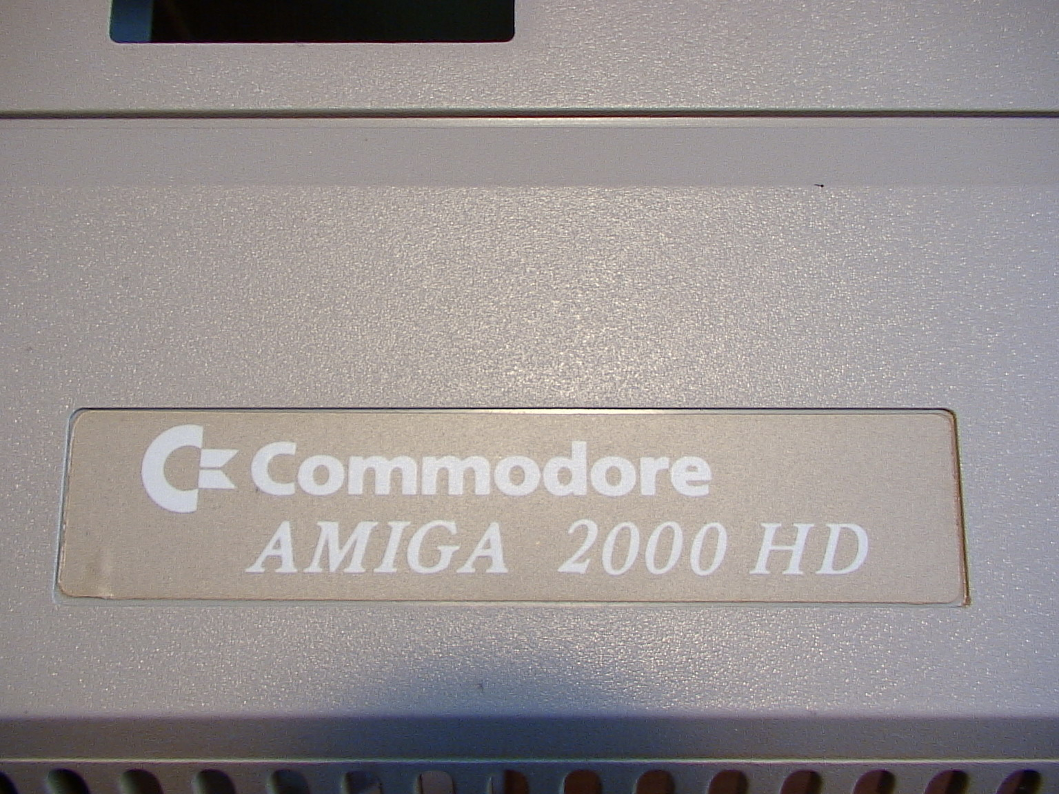 COMMODORE A2000 HD: front face